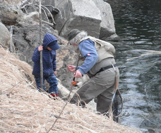March 2011 - Pete and Leif fishing 3a