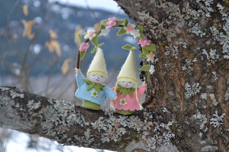 March 2011 - spring gnomes 2