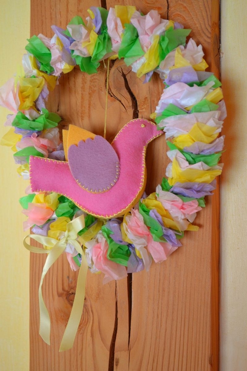 March 2011 - spring wreath 6a