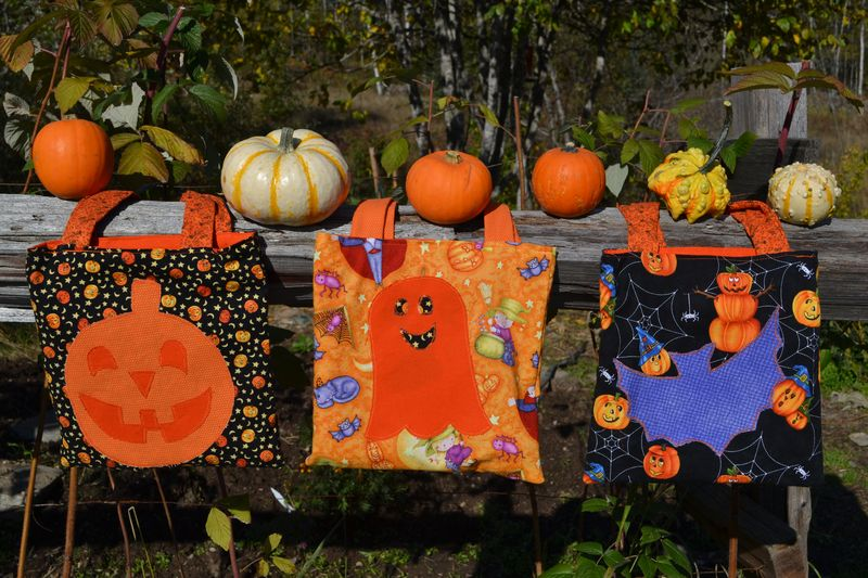 October 2011 - Halloween bags 1