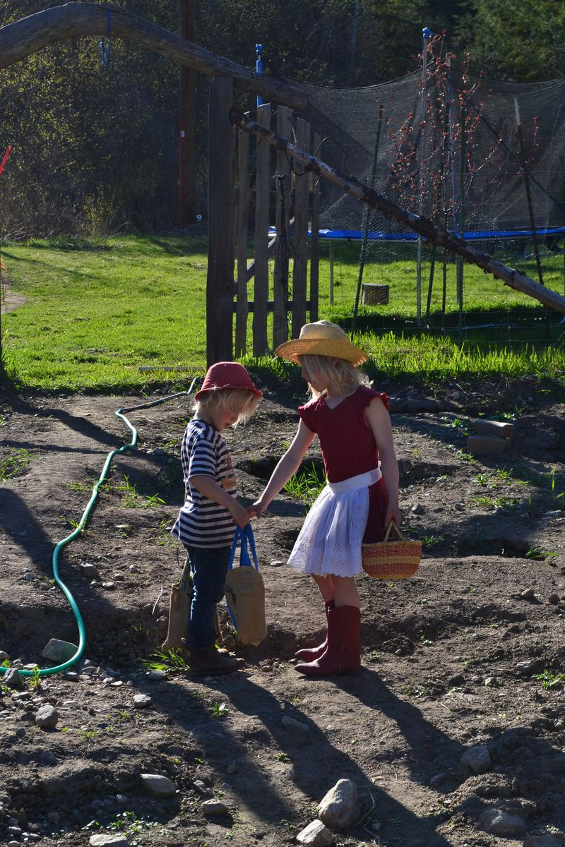 April 2015 - little house play 5